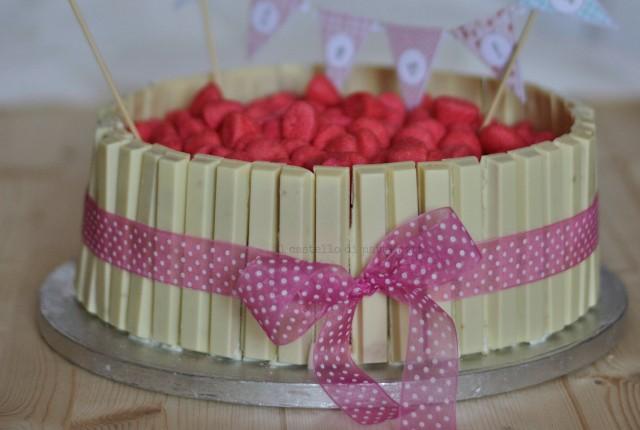 kitkat cake4