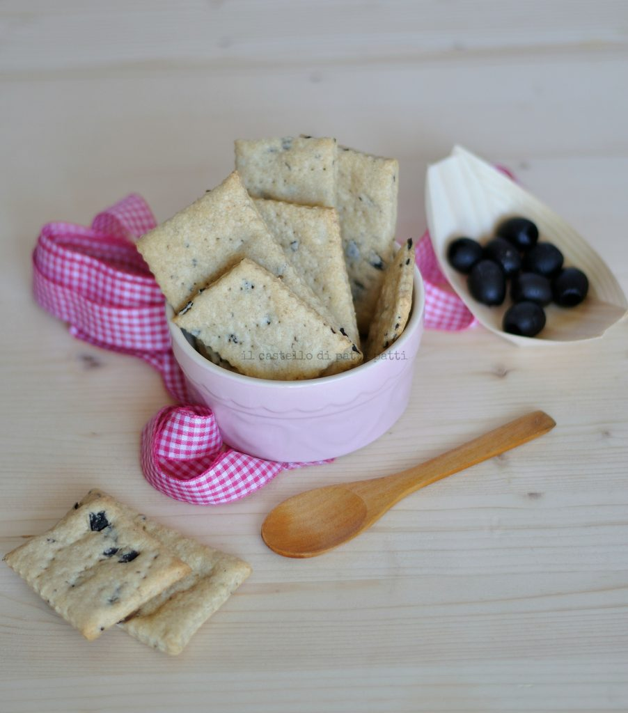 Crackers con olive 4