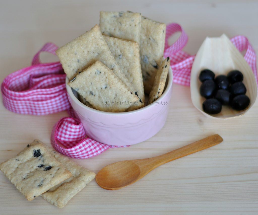 Crackers con olive 5