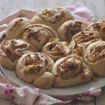 Torta di rose con pancetta e porri (con lievito madre)